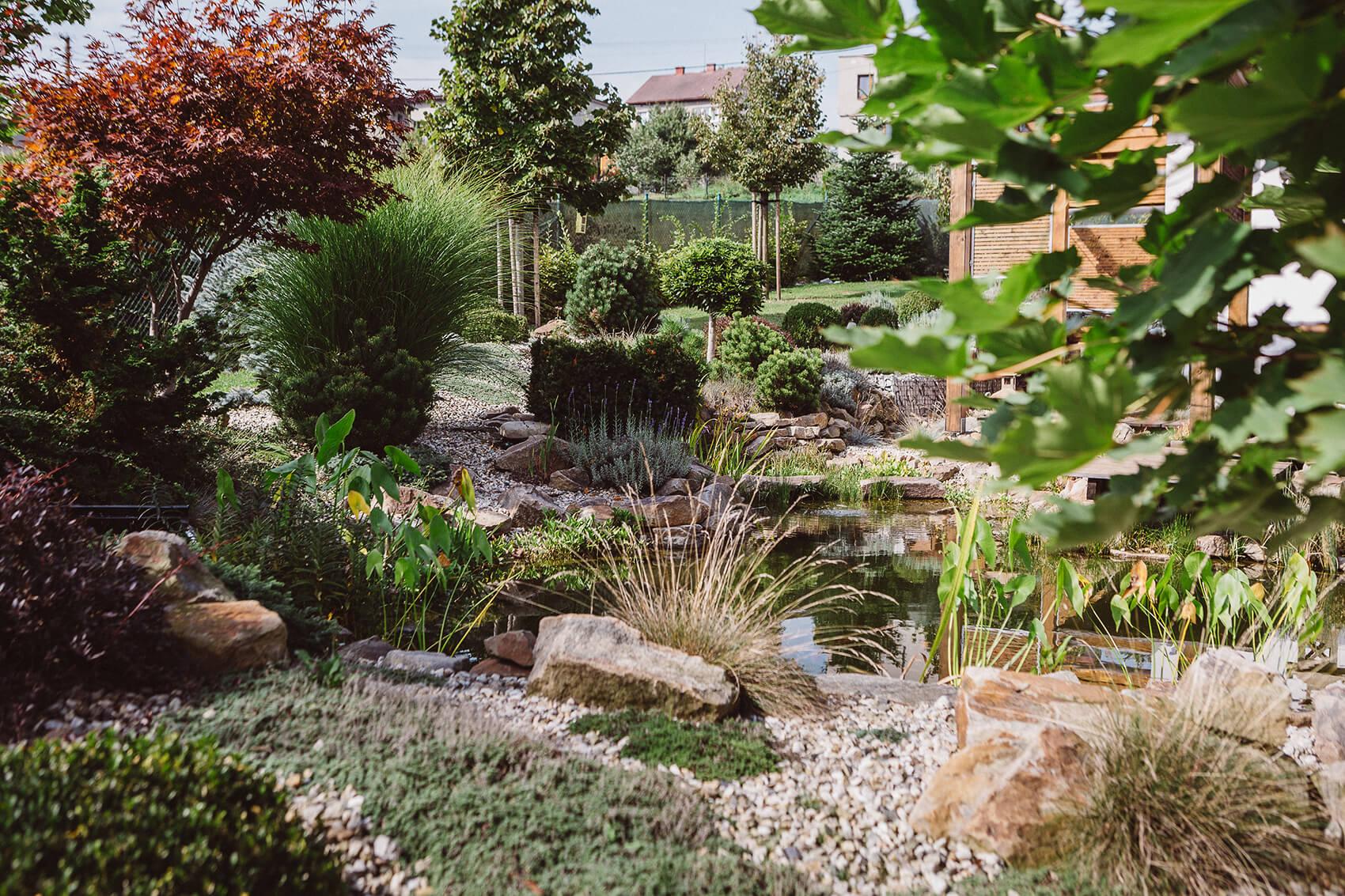 AK Zahrady - Závan Středomoří
